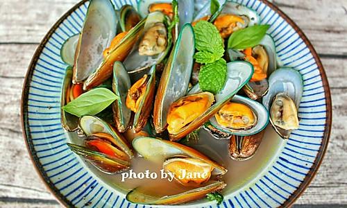 黑椒水煮贻贝的做法