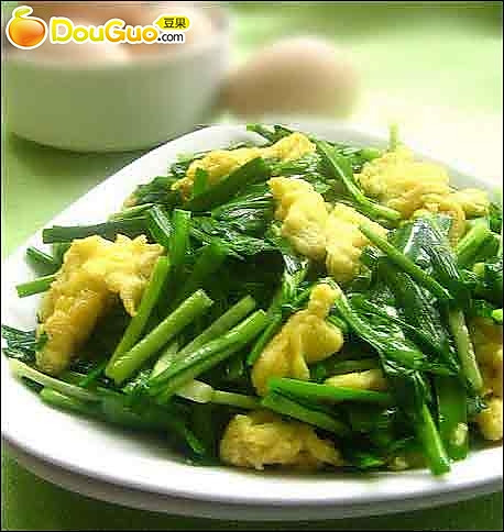 韭菜虾皮炒鸡蛋的做法