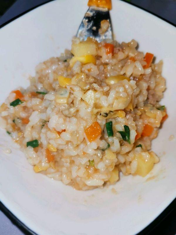 蛤蜊焖饭(适合12个月以上的宝宝)的做法