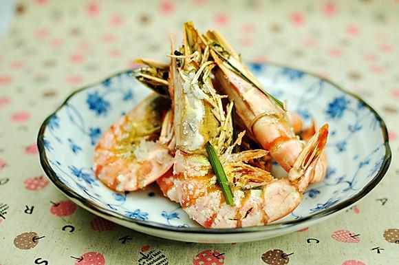 香茅海盐烤大虾的做法