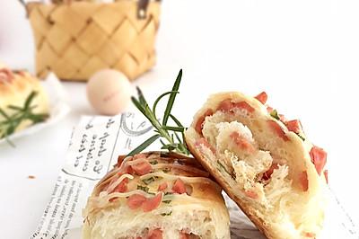 香葱火腿肉松面包——颜值担当,香气四溢