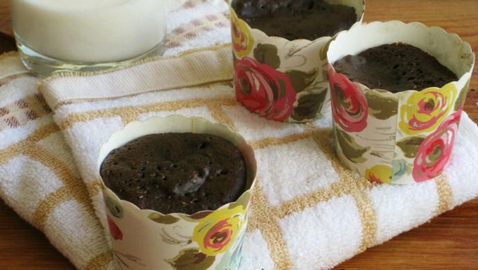微波炉巧克力纸杯蛋糕