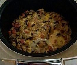 简单电饭煲香菇肉丝煲仔饭的做法