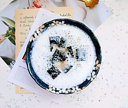#换着花样吃早餐#椰汁西米龟苓膏的做法