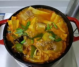 韩式辣白菜五花肉豆腐汤玛喜哒的做法