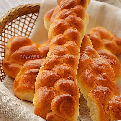 奶油麻花面包