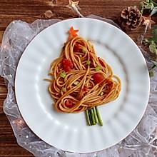 #一起加油,我要做A+健康宝贝#圣诞树番茄肉酱意面