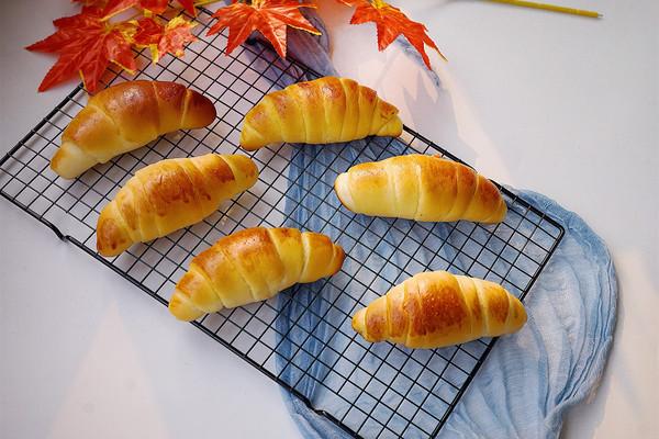 咸香奶酪面包卷的做法