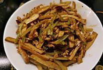 芹菜香干炒肉丝 - 家常入门的做法