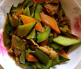 黄瓜炒肉的做法