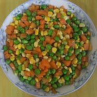 萝卜玉米青豆的做法图解1