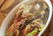 菌菇筒子骨汤的做法