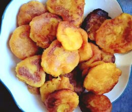 糯叽叽美食    红薯饼的做法