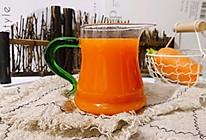 宝宝也能喝的~胡萝卜苹果汁#快手又营养,我家的冬日必备菜品#的做法