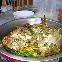 秘制酱闷渤海鲳鱼