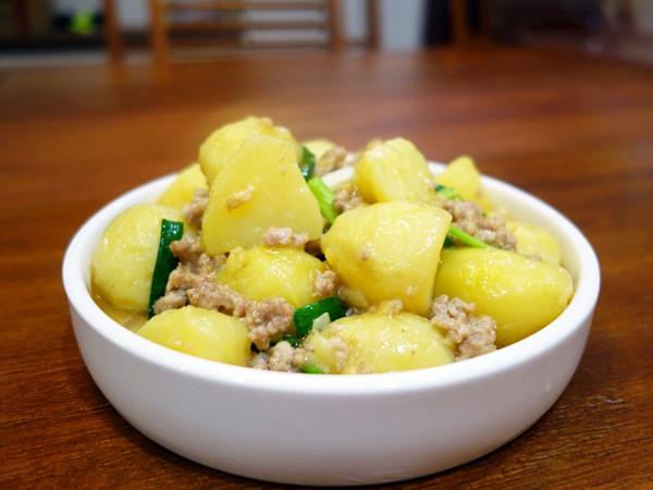 白油肉末土豆