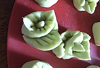 菠菜小馒头-11个月宝宝辅食的做法
