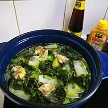 #太太乐鲜鸡汁玩转健康快手菜#排骨冬瓜海带汤