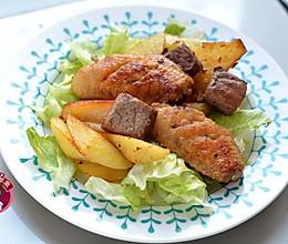烤鸡翅牛肉土豆块的做法