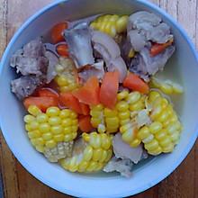 玉米胡萝卜猪蹄汤