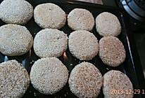 家庭烤箱版椒盐芝麻烧饼的做法