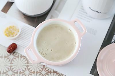 早餐能量,号和营养的燕麦红枣米浆