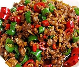 尖椒二荆条炒鸡丁的做法