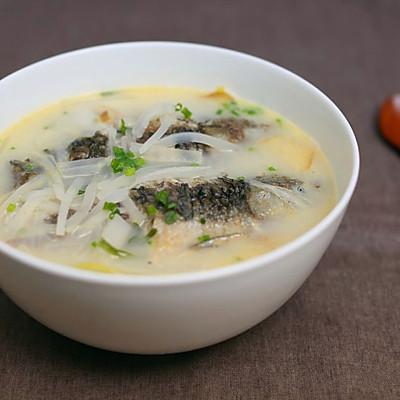 迷迭香美食| 萝卜丝鲫鱼汤