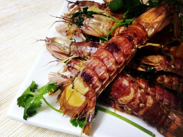 蒜蓉焗濑尿虾的做法