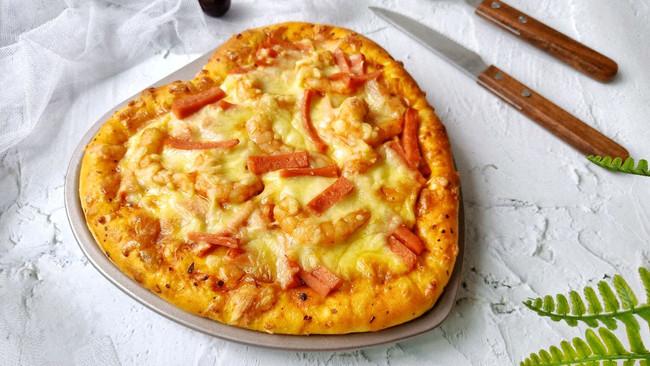 #憋在家里吃什么#情人节美食~海鲜火腿肠披萨的做法