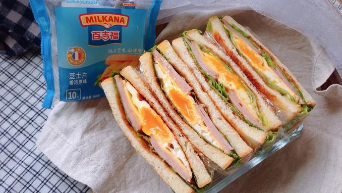 火腿芝士蛋三明治