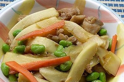 鸡腿肉炒笋瓜