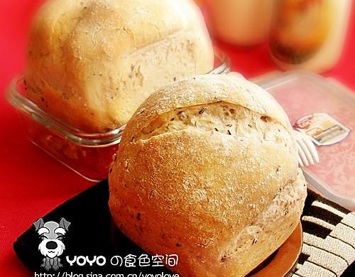 黑米杂粮面包