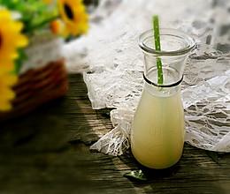 鲜藕梨汁的做法