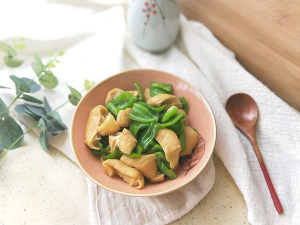 青椒炒油豆腐#雀巢营养早餐#的做法