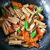 香菇烧腐竹——下饭菜带来的幸福感!的做法图解17