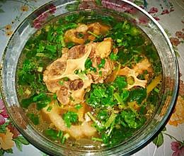 清炖牛尾骨汤的做法
