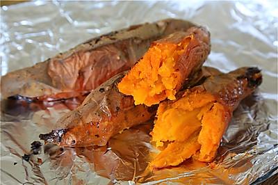 烤红薯和红薯拿铁