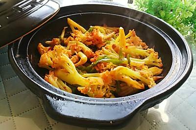 #今天吃什么#豆瓣酱花菜鸡肉煲