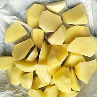 红烧土豆鹌鹑蛋#就是红烧吃不腻!#的做法图解6