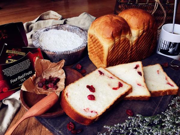 奶香蔓越莓吐司的做法