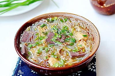 一刻钟做出一锅靓汤——简易版鸭血粉丝汤