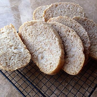 全麦法式乡村面包~无油无糖面包机版