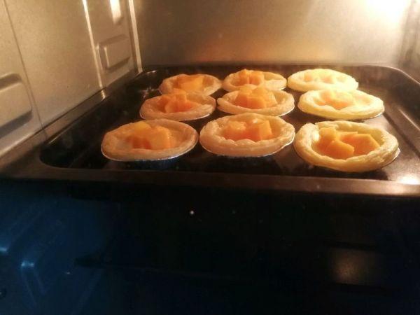 #百变水果花样吃#快手芒果蛋挞(非奶油版)