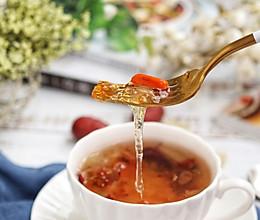 雪燕皂角米桃胶羹的做法