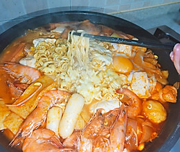 解锁网红部队锅,热热乎乎超好吃!的做法