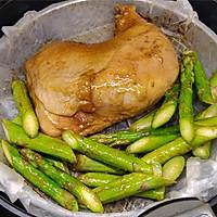 #豆果10周年生日快乐#鲜嫩多汁烤鸡全腿配芦笋的做法图解5