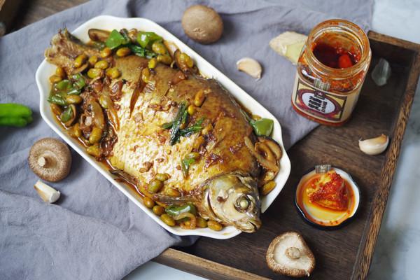 风味美无边,一碗饭不够吃,红油豆腐乳红烧鱼的做法