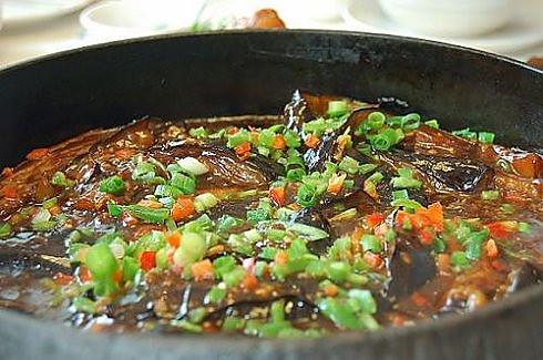 铁板酱香茄条的做法