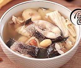 「回家菜谱」——白果南杏生鱼汤的做法